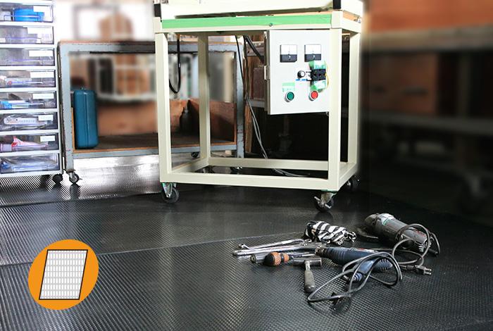 工場内の床保護